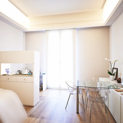 Aesthetic Medicine Clinic, specializing in facial rejuvenation without surgery, botox and hyaluronic acid treatments in Barcelona