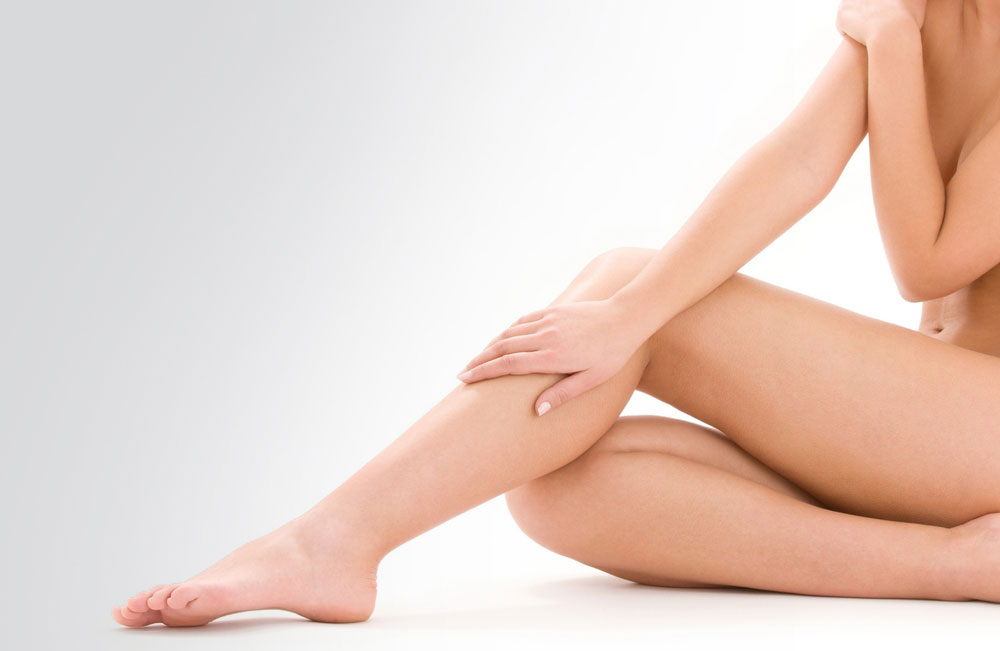 Flowave treatment against cellulite and fluid retention. Aesthetic Medicine Center Doctor Escoda, Barcelona