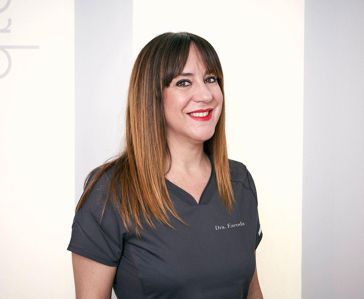 Esmeralda Pozo, Auxiliar Sanitario, Dietista especialista en tratamientos corporales. Doctora Escoda, Clínica de Medicina Estética en Barcelona